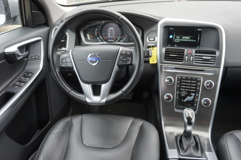 Volvo XC60 2016 price $15,900