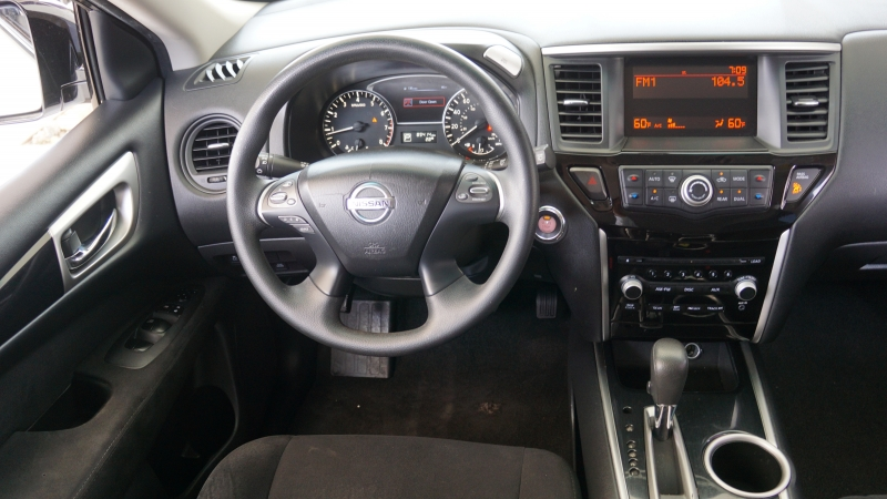 Nissan Pathfinder 2014 price $14,350
