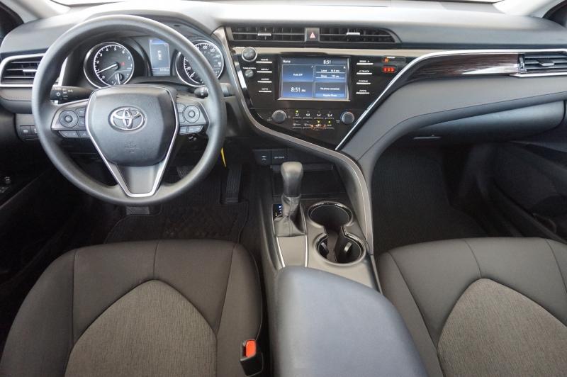 Toyota Camry 2018 price $22,900