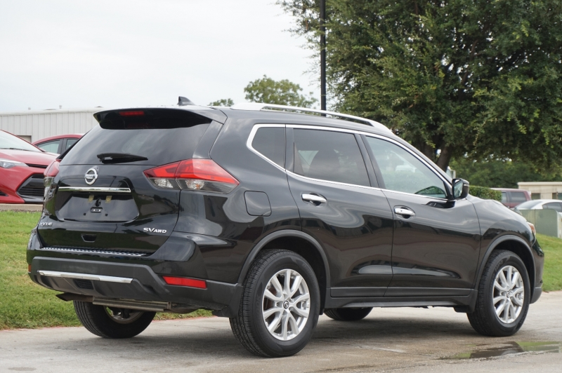 Nissan Rogue 2017 price $19,995
