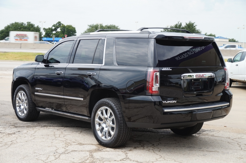 GMC Yukon 2015 price $33,995