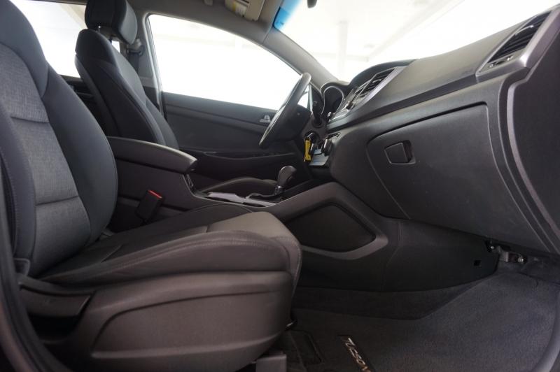 Hyundai Tucson 2017 price $18,995