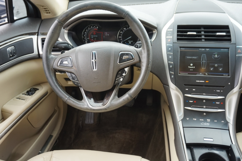 Lincoln MKZ 2014 price $12,750