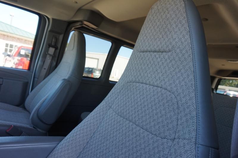 Chevrolet Express Passenger 2019 price $21,900