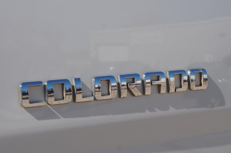 Chevrolet Colorado 2016 price $13,995