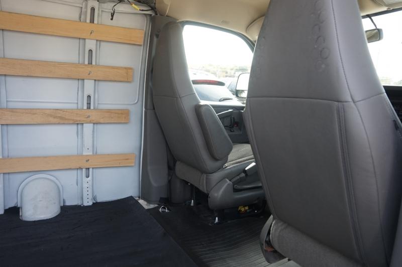 GMC Savana Cargo Van 2018 price $21,900