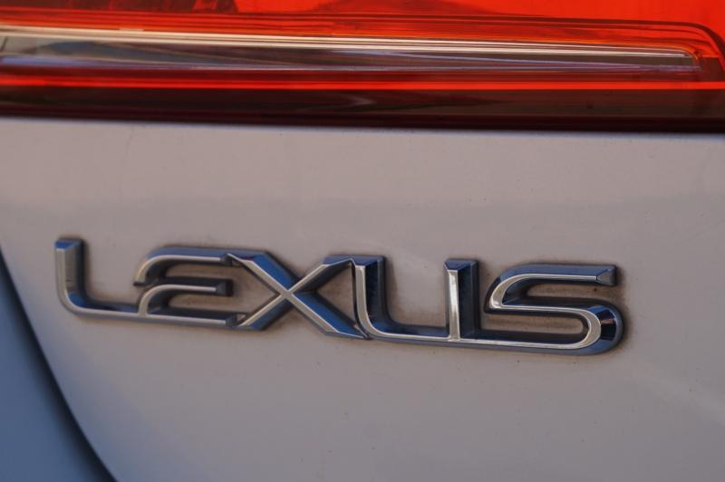 Lexus ES 350 2010 price $9,950