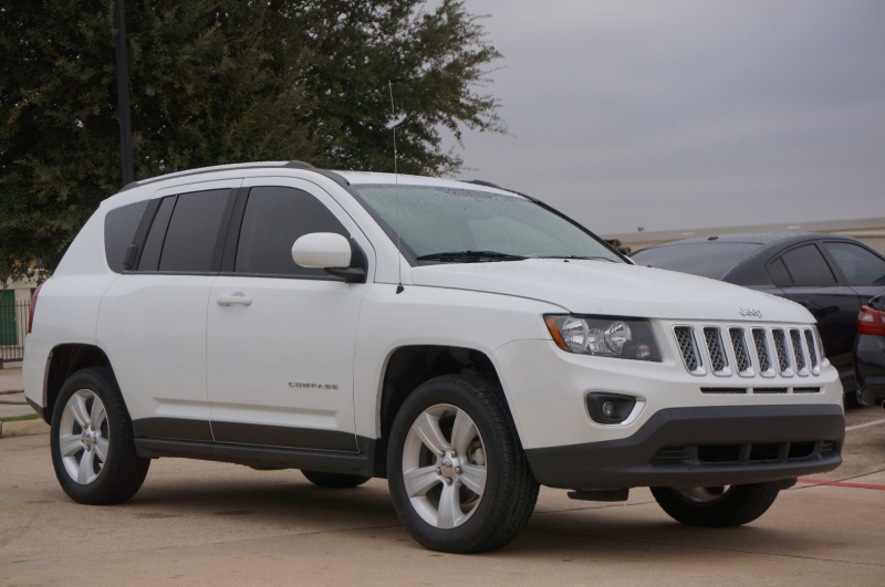 Jeep Compass 2015 price $11,900