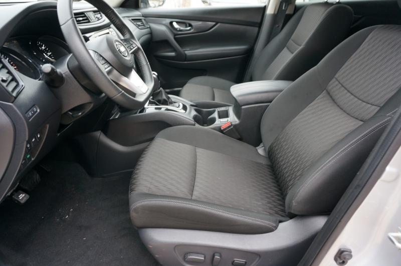 Nissan Rogue 2019 price $20,900