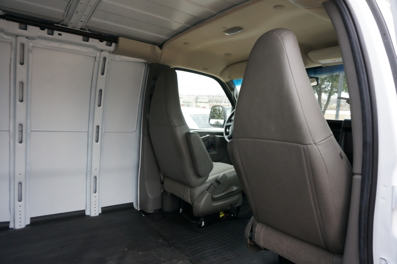 Chevrolet Express Cargo Van 2020 price $29,950