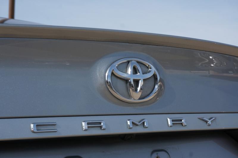 Toyota Camry 2018 price $17,750