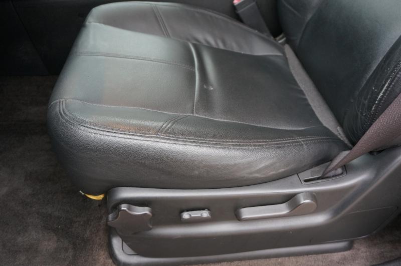 Chevrolet Avalanche 2010 price $11,750