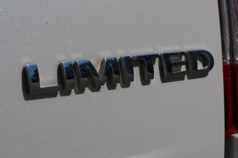 Ford Edge 2013 price $11,750