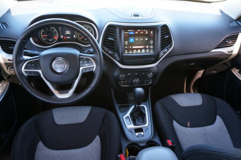 Jeep Cherokee 2014 price $9,950