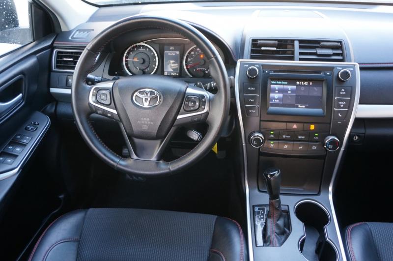 Toyota Camry 2017 price $16,750