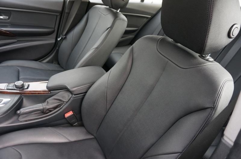 BMW 3-Series 2015 price $16,900