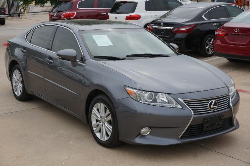 Lexus ES 350 2013 price $18,900
