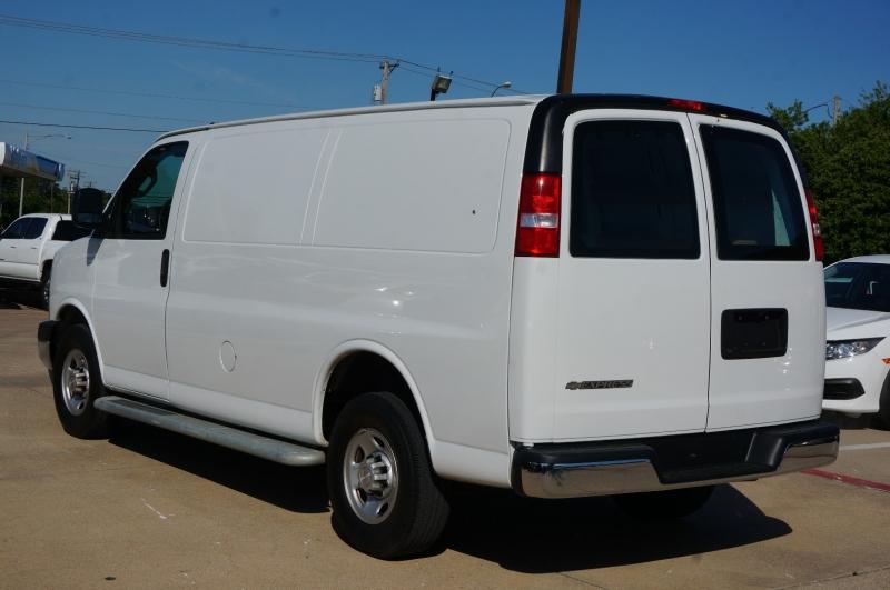 Chevrolet Express Cargo Van 2019 price $29,900