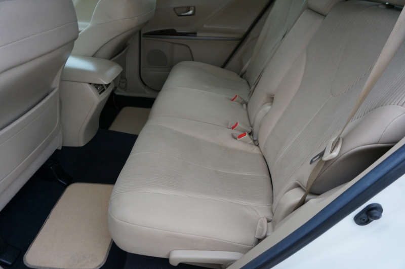 Toyota Venza 2013 price $12,450