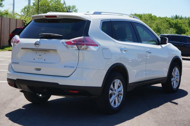 Nissan Rogue 2016 price $13,050