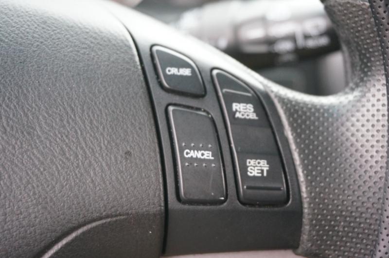 Honda CR-V 2009 price $8,900