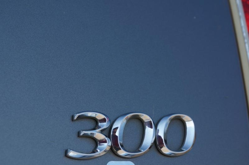 Chrysler 300 2011 price $6,995