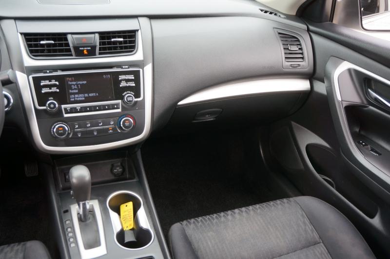 Nissan Altima 2018 price $16,950