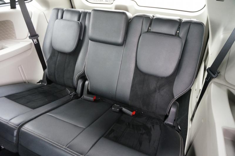Dodge Grand Caravan 2017 price $15,750