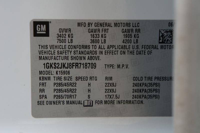 GMC Yukon XL 2015 price $29,900