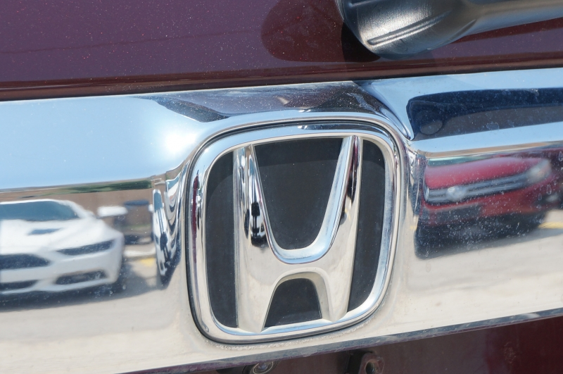 Honda Pilot 2015 price $17,750
