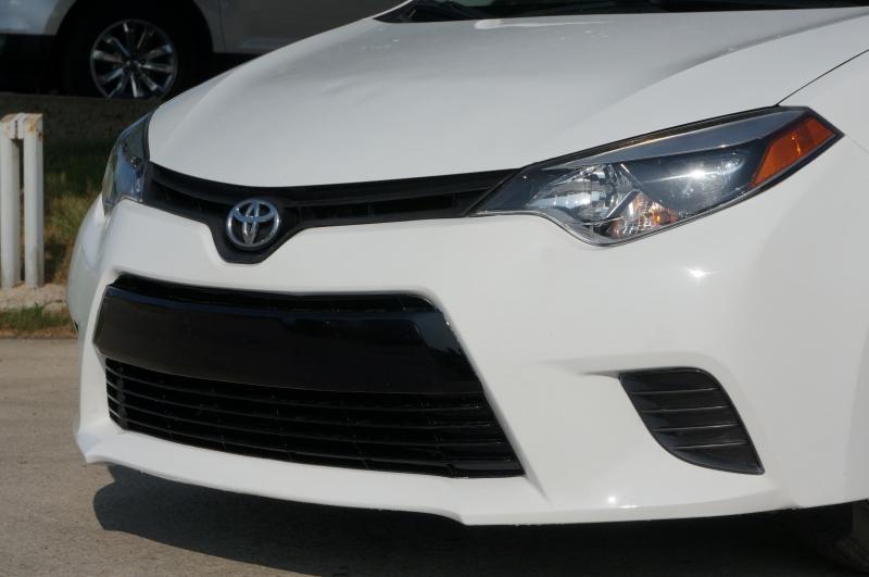 Toyota Corolla 2016 price $16,900