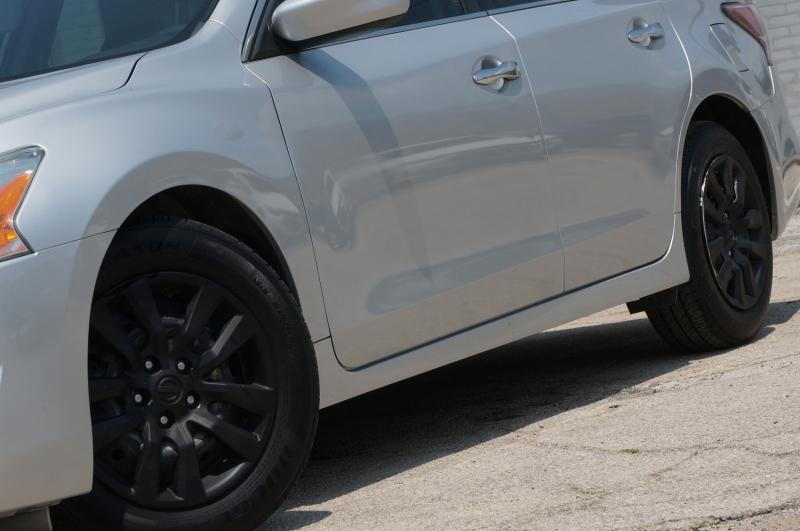 Nissan Altima 2014 price $10,950