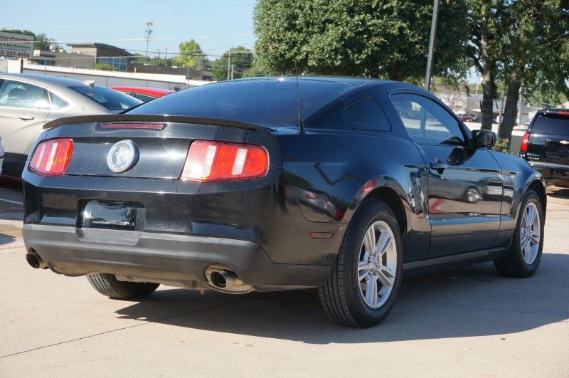 Ford Mustang 2012 price $12,790
