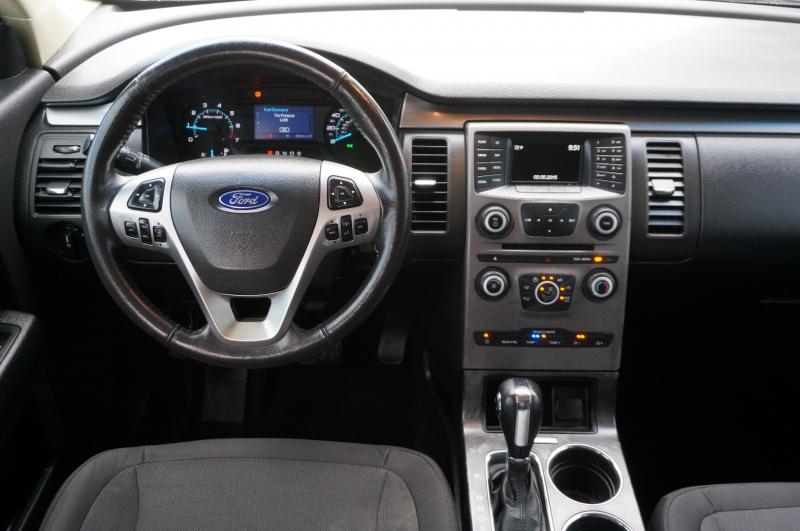 Ford Flex 2016 price $17,900