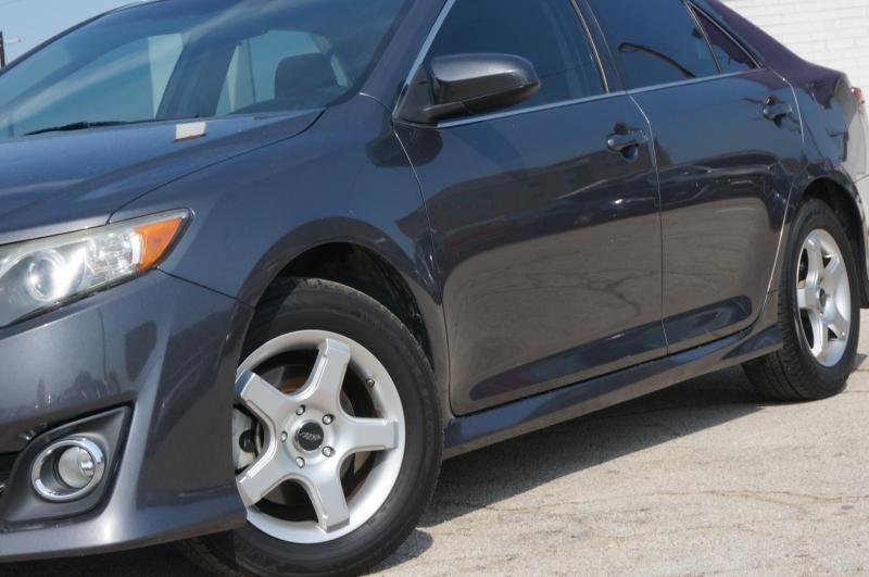 Toyota Camry 2014 price $13,750