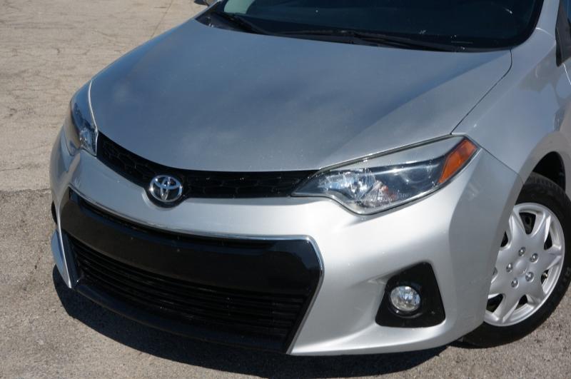 Toyota Corolla 2015 price $13,950