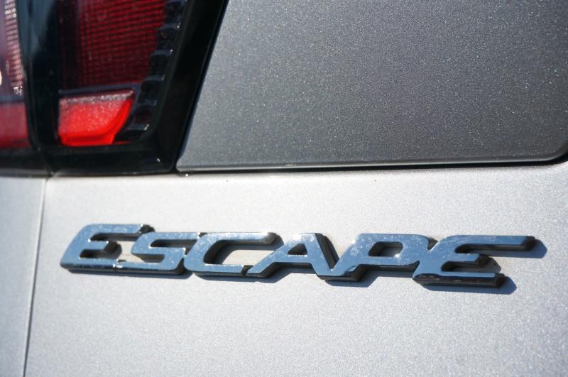 Ford Escape 2017 price $13,950