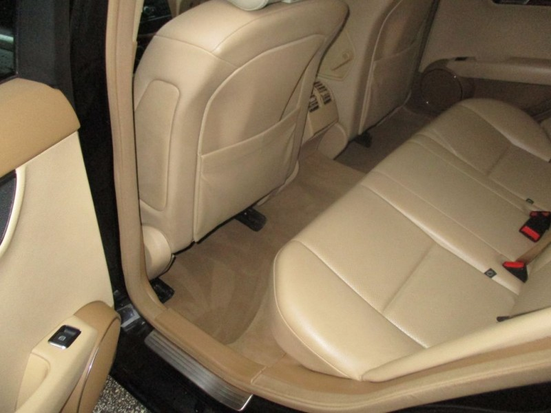 Mercedes-Benz C300 2008 price $7,995