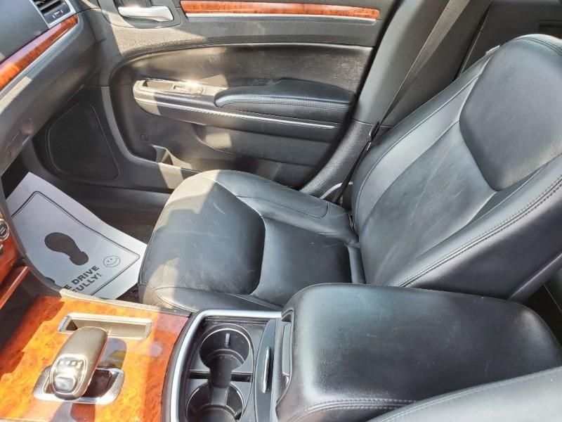 CHRYSLER 300 2012 price $10,995