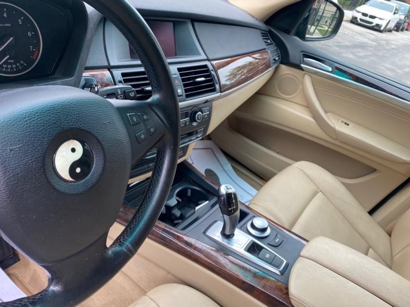 BMW X5 2007 price $10,900
