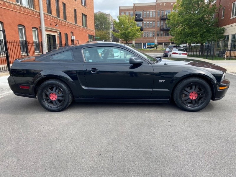 FORD MUSTANG 2006 price $6,995