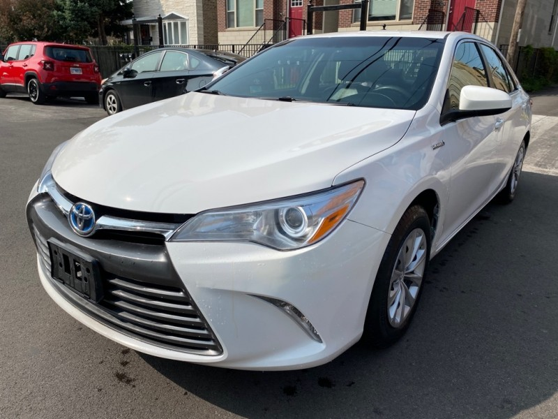 TOYOTA CAMRY 2017 price Call for price