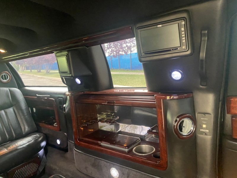 LINCOLN TOWN CAR 2006 price $6,995
