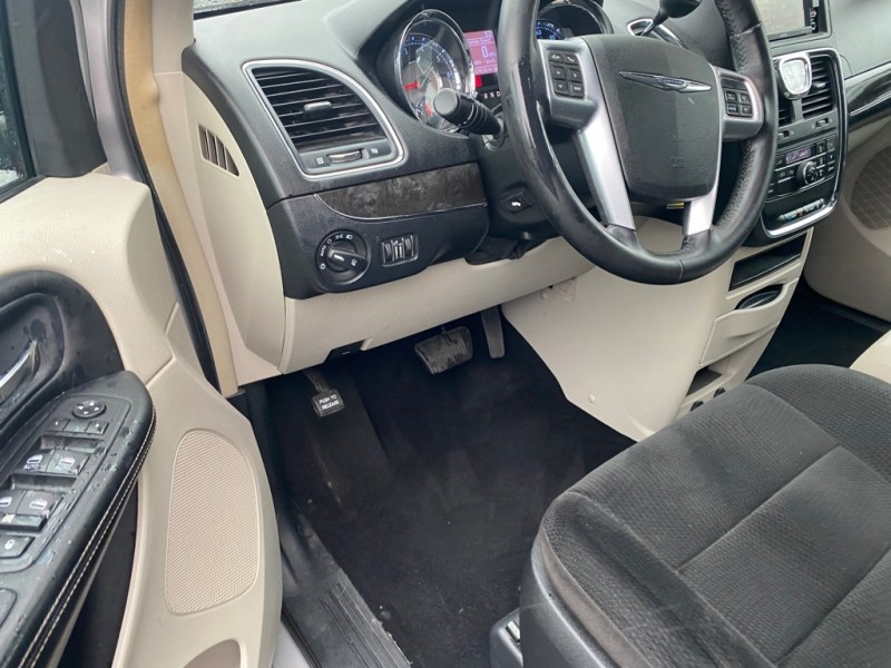 CHRYSLER TOWN & COUNTRY 2012 price $7,995
