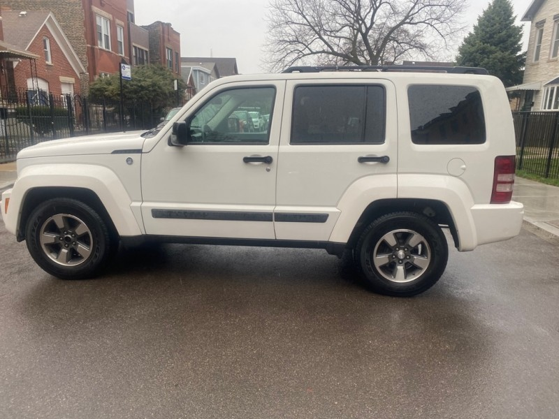 JEEP LIBERTY 2008 price $8,995
