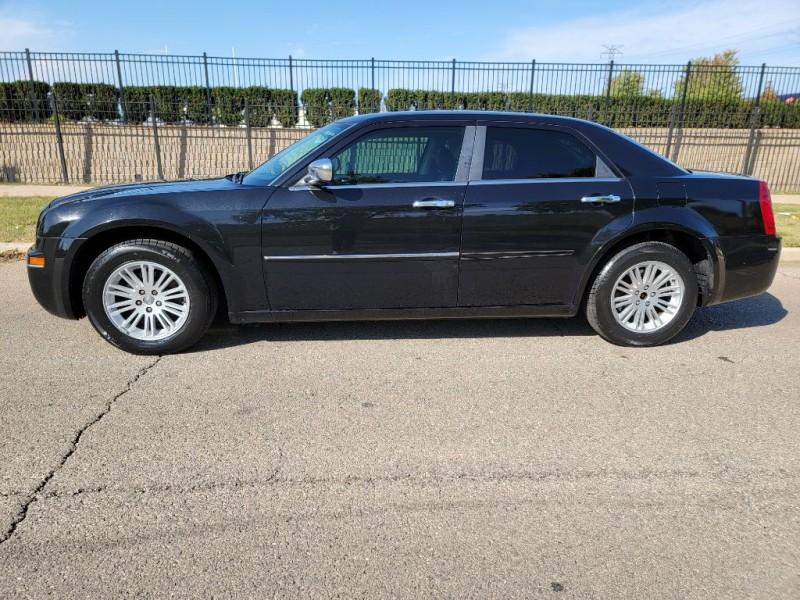 Chrysler 300 2010 price $5,995