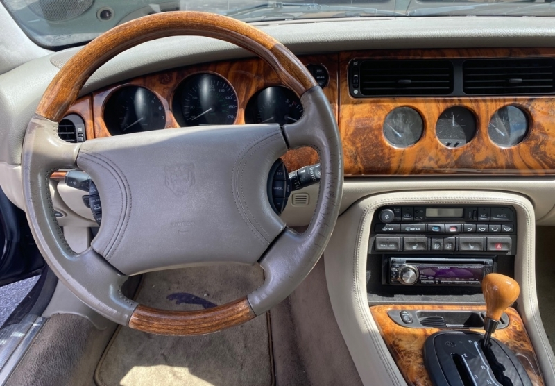JAGUAR XK8 1999 price $6,499