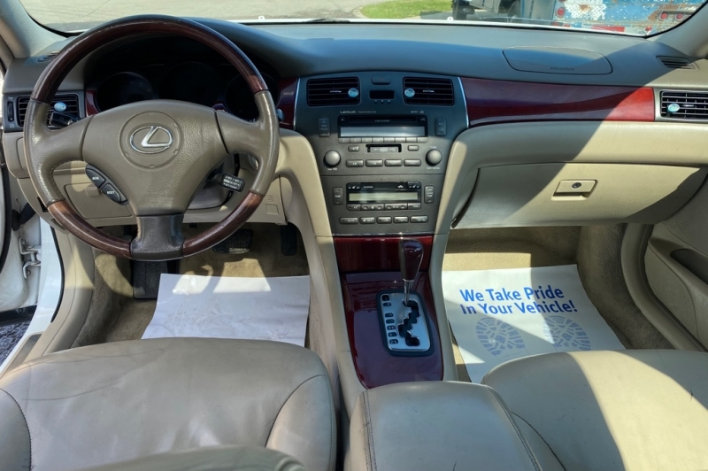 LEXUS ES 2002 price $4,999