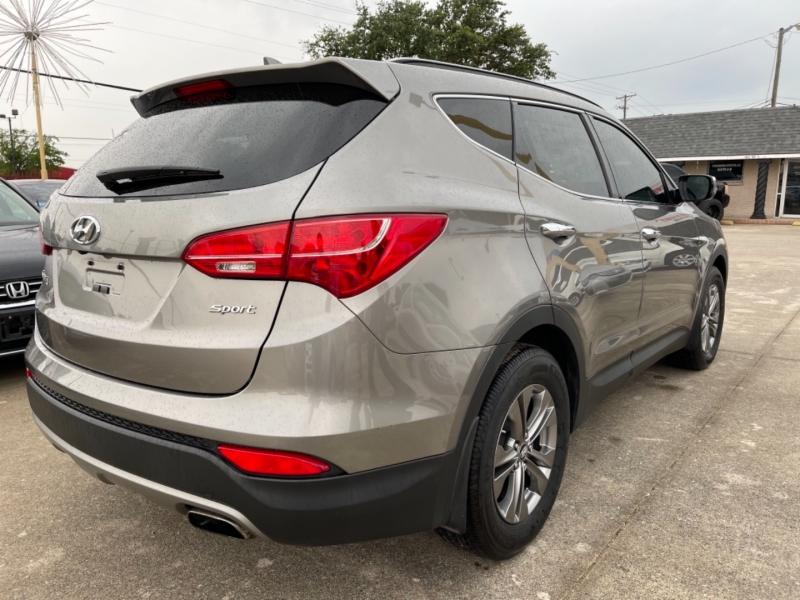 Hyundai Santa Fe 2014 price $13,490