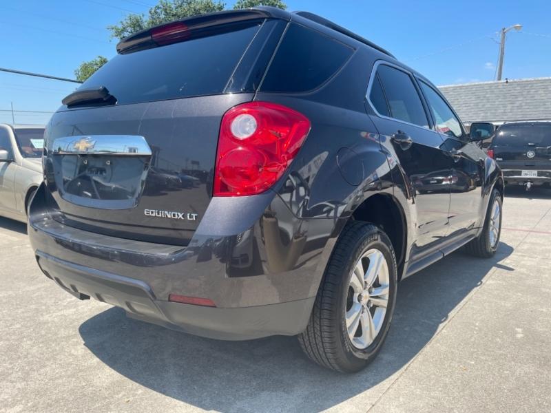 Chevrolet Equinox 2015 price $11,990